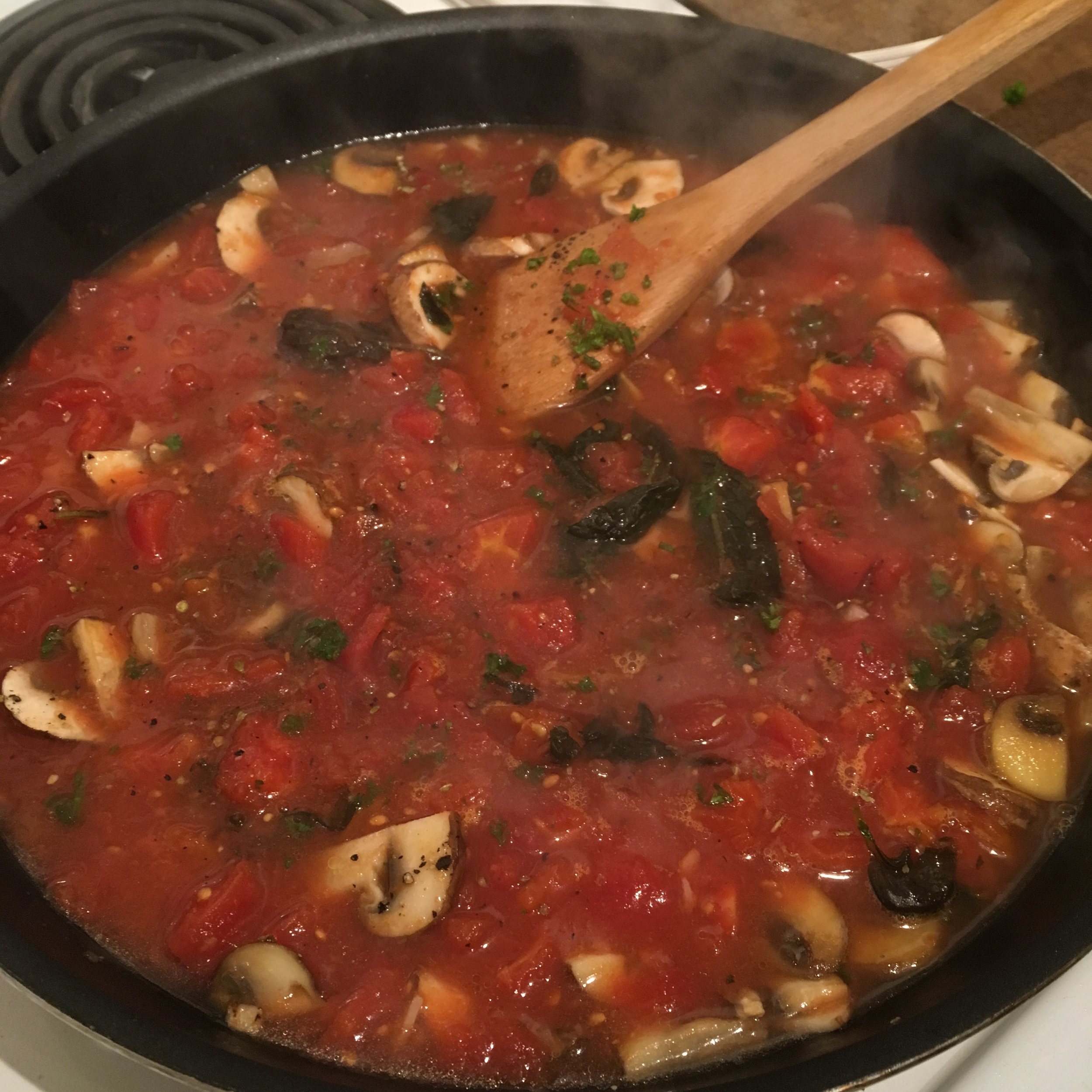Recreating my dad's famous tomato sauce