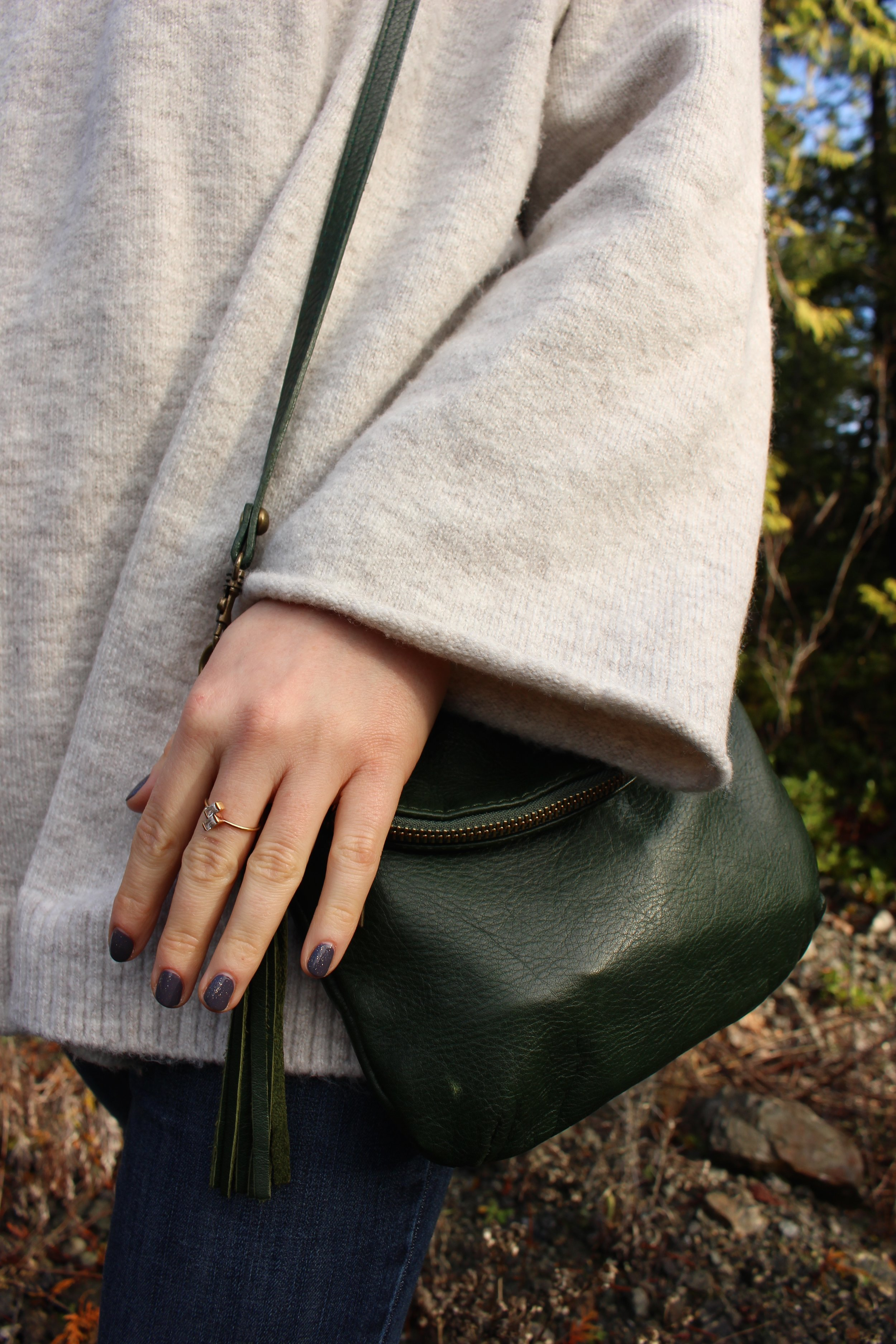 Details: Little Gold Ring, Essie Nail Polish with Gold Sparkles as Topcoat, Handmade Italian Leather Bag