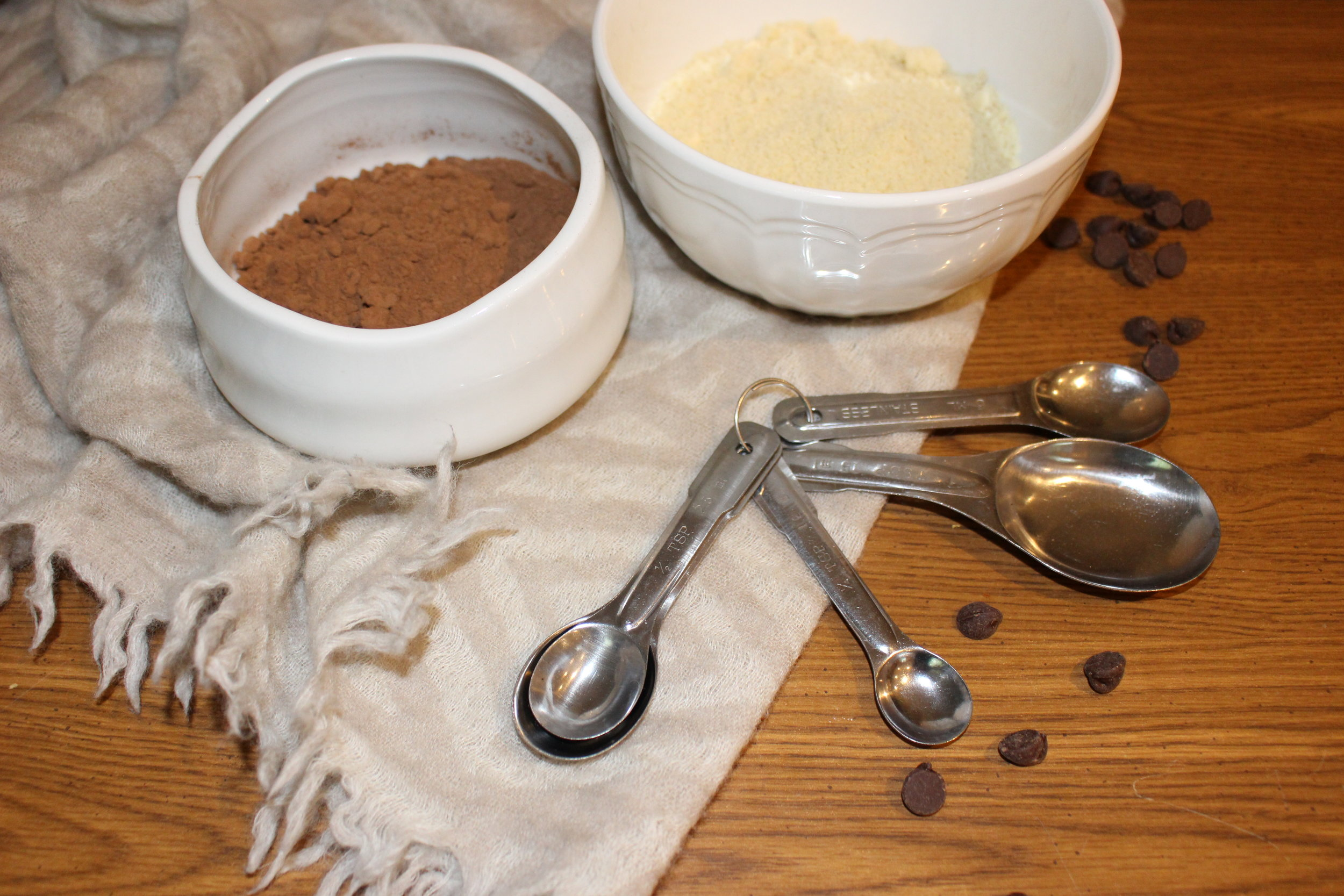 Almond flour & cocoa