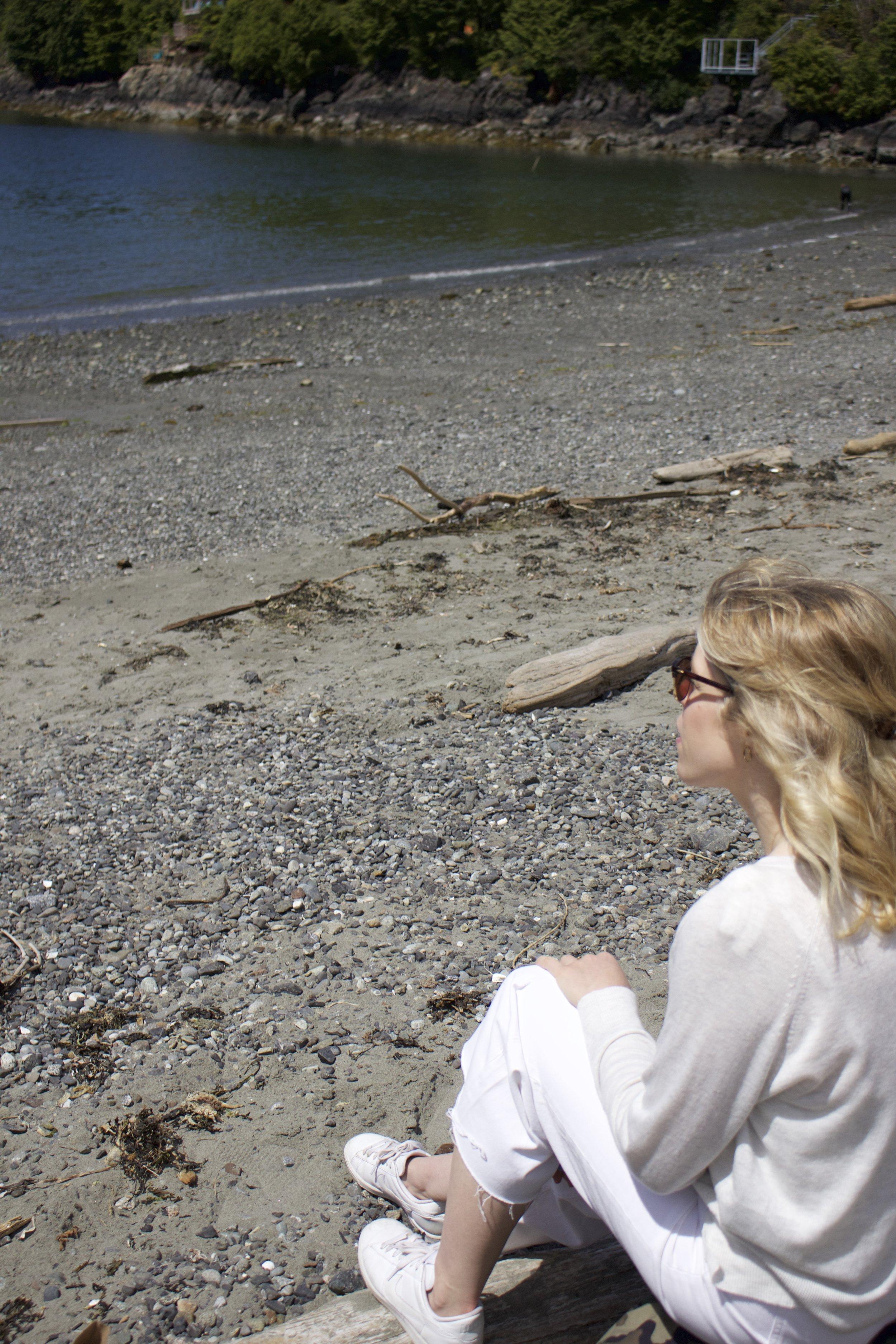 The perfect summer layer, my heather gray   Zara  sweater