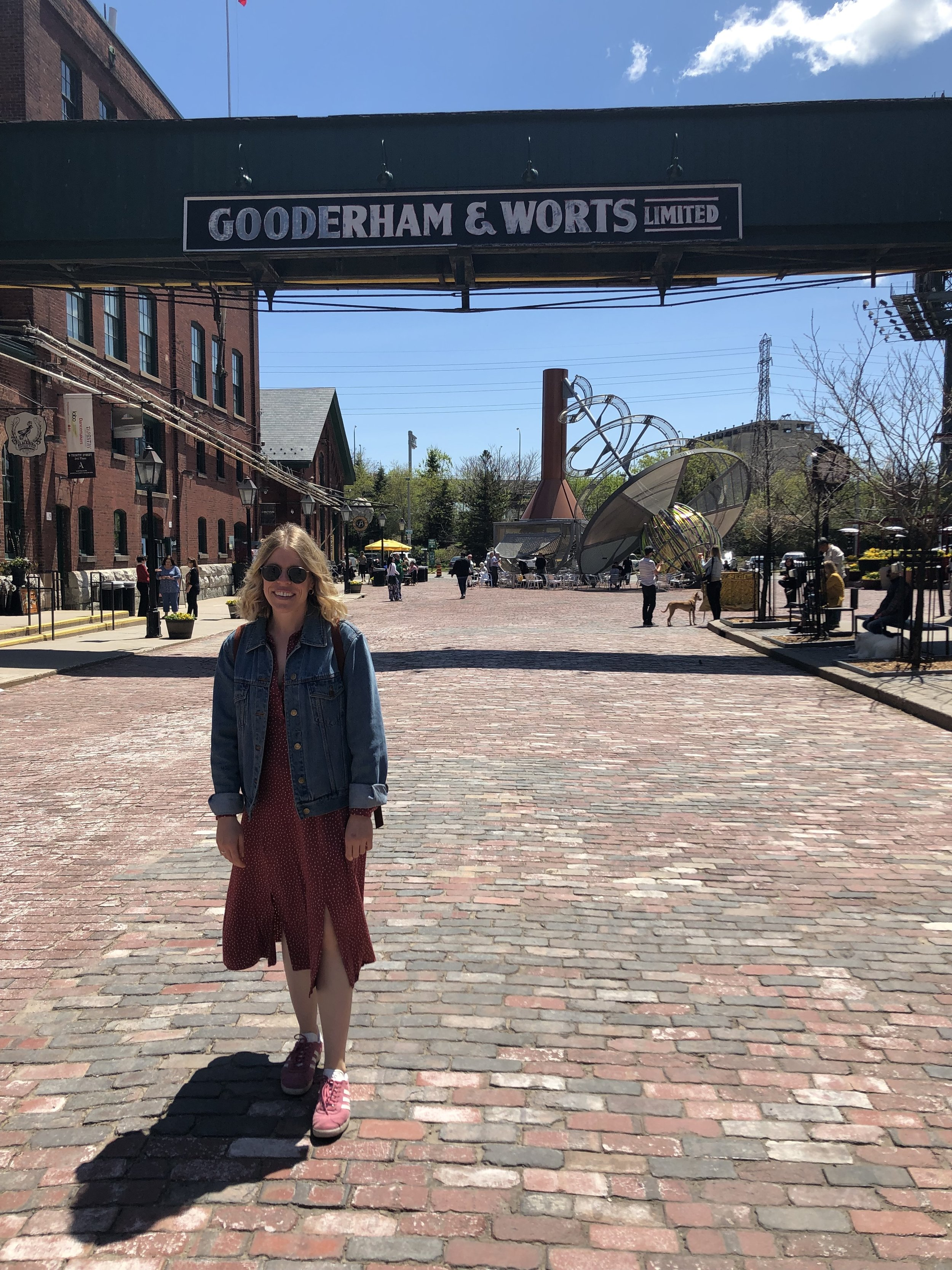 Being a tourist in the Distillery District