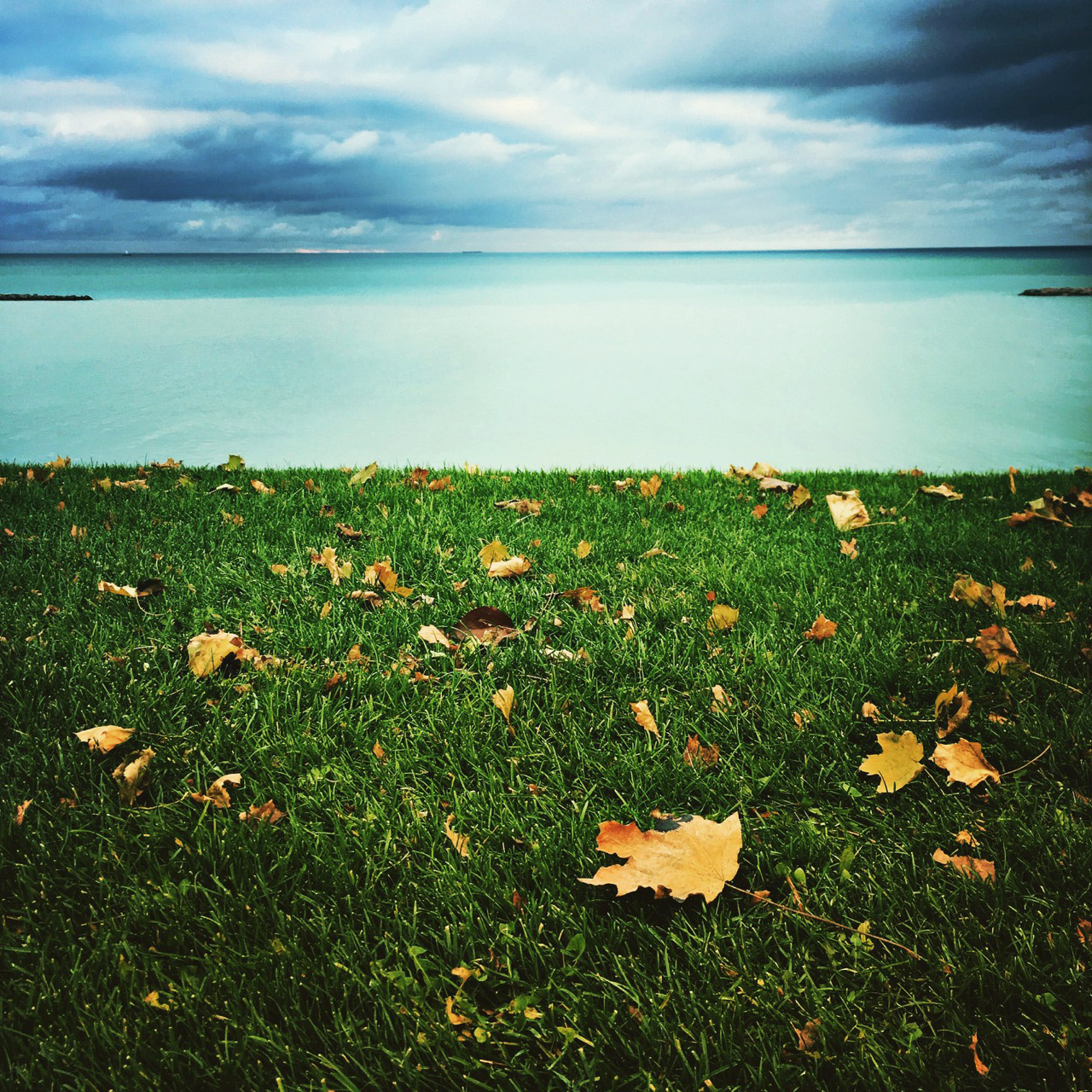 stormy-lake-michigan-photo