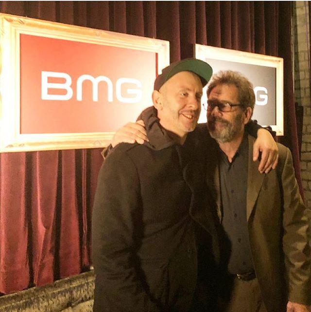 Last night I met Huey Lewis and honestly, the world is fuckin glorious! #hueylewis  #god #of #music