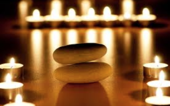Candlelight Yin & Restorative - Saturday, December 8, 2018 5:30 - 7:30 PM Oshman Family JCCCall (650) 223-8700 To Pre-register