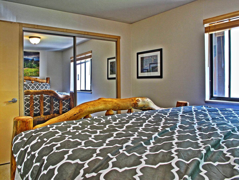 bed3 (Large).jpg