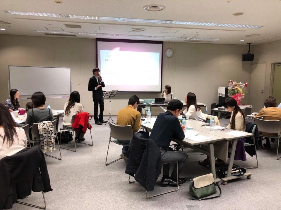 町田新産業創造センターの武田直也さん。町田市とタッグを組んで、新しい価値を提供する起業家の皆さんを応援しています。元々金融系の方なので、融資されやすい方法などの相談がお得意です!
