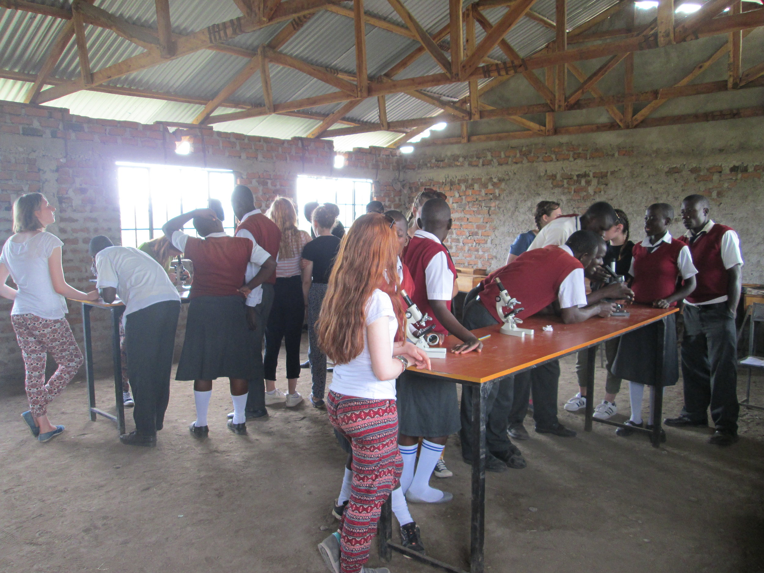 Microscope class Alara Secondary School