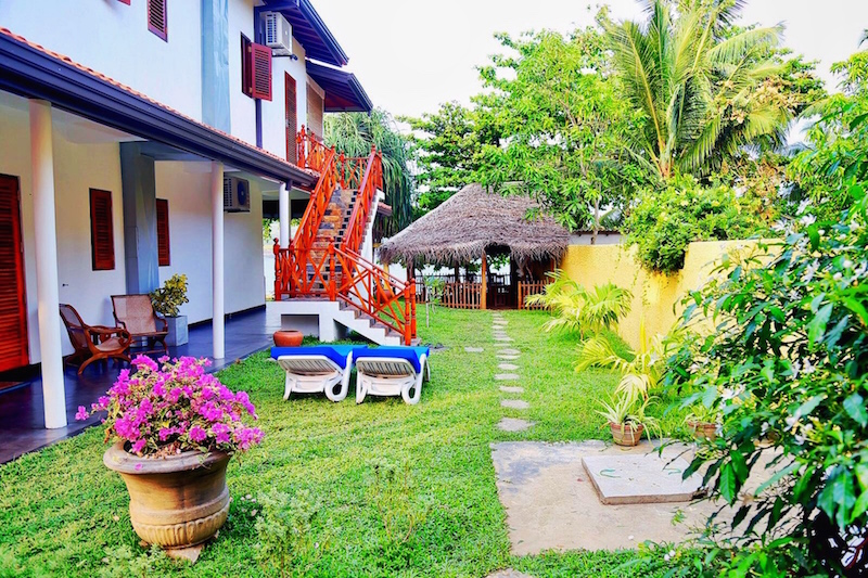 Beach Villa Lanka Garden.jpg