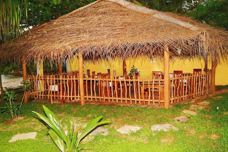 Beach Villa Lanka dining room.JPG