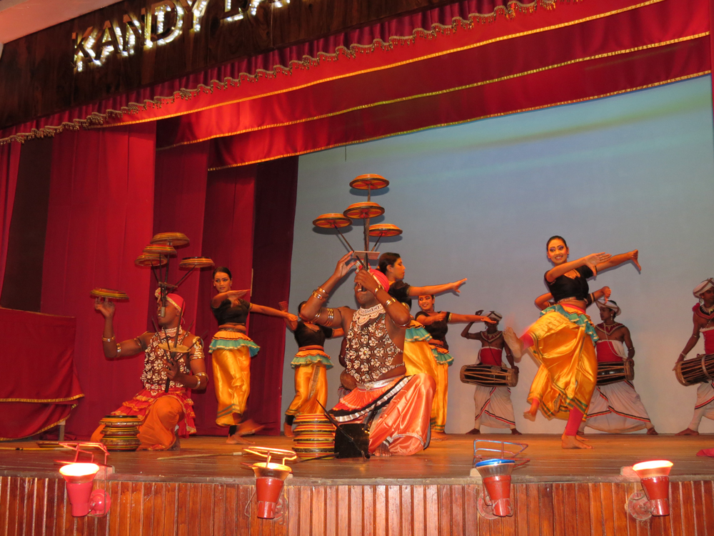 srilanka festive 2.jpeg