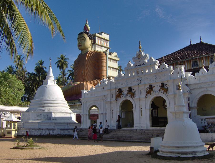 Wewurukannala_Vihara,_Sri_Lanka.jpg