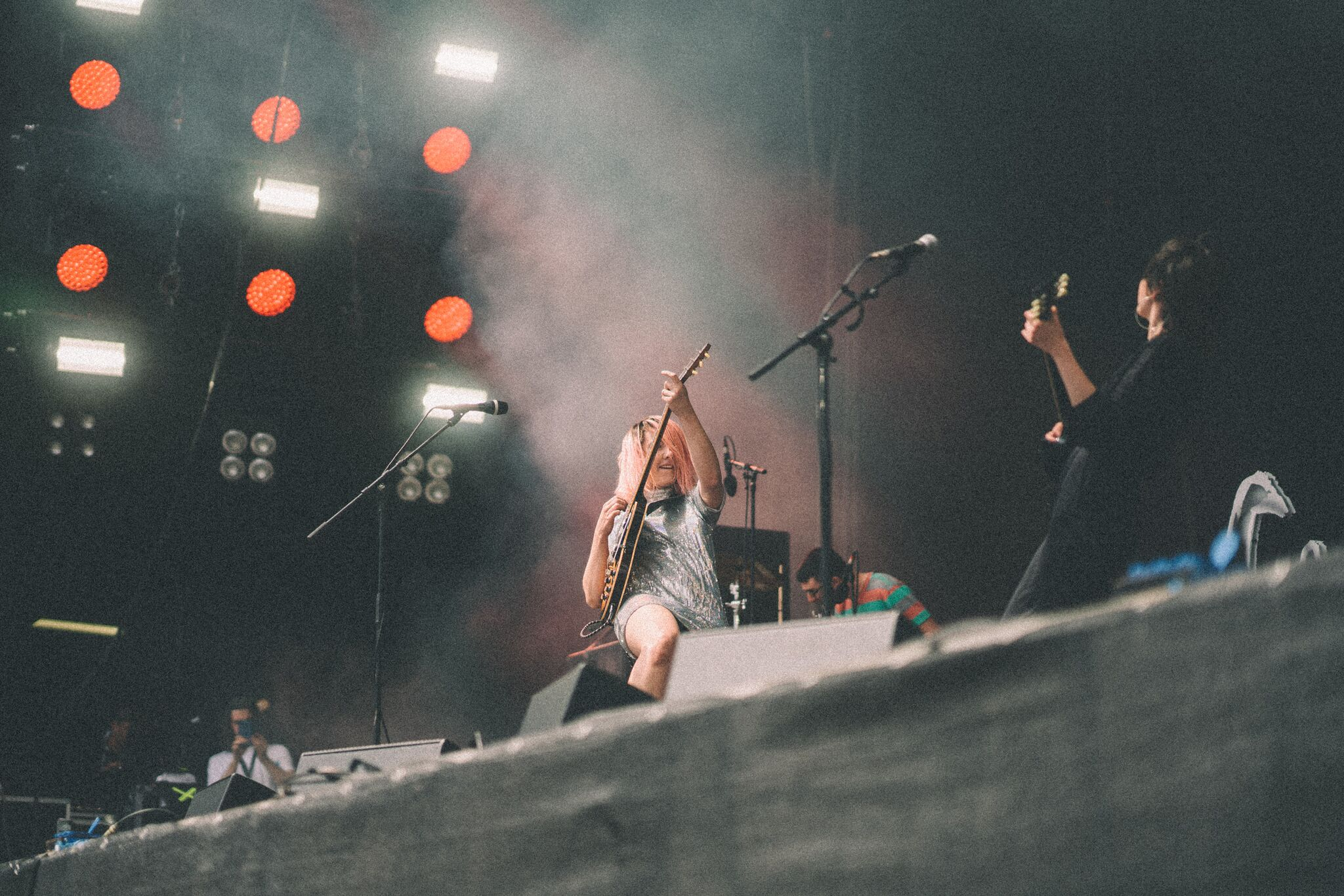 Also at Rock am Ring, trying to play so loud that Damon can hear us... (Pic by Rowan Allen)