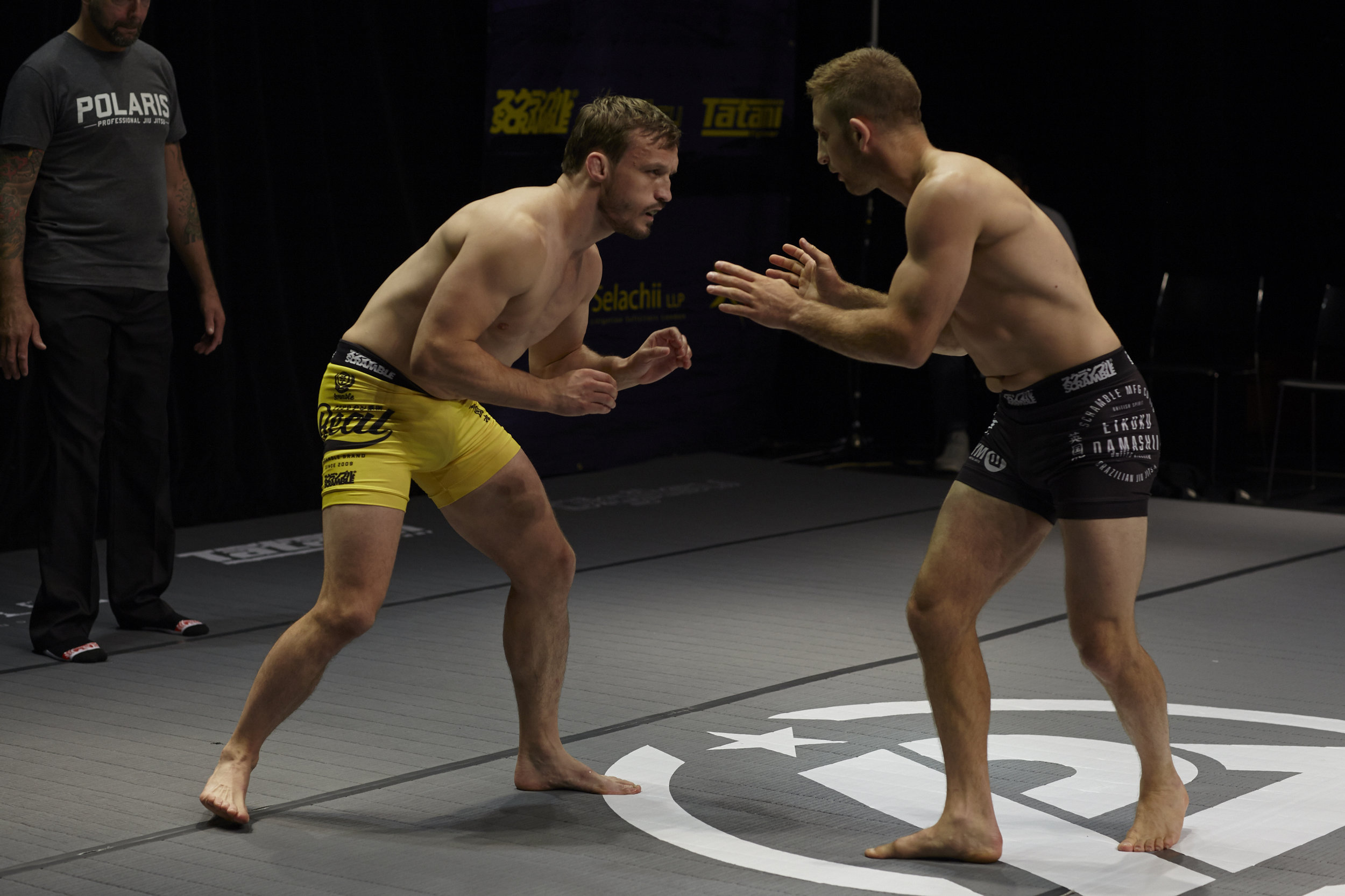 """Old school style – 'One Punch'  Brad Pickett  back in the game already, taking on fellow British UFC veteran Phil Harris. """"I wanted to punch him so bad,"""" said Pickett after losing by split decision.  All photos by Andrew Jackson unless credited otherwise."""