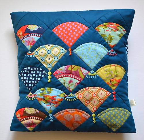Orient Fan Cushion