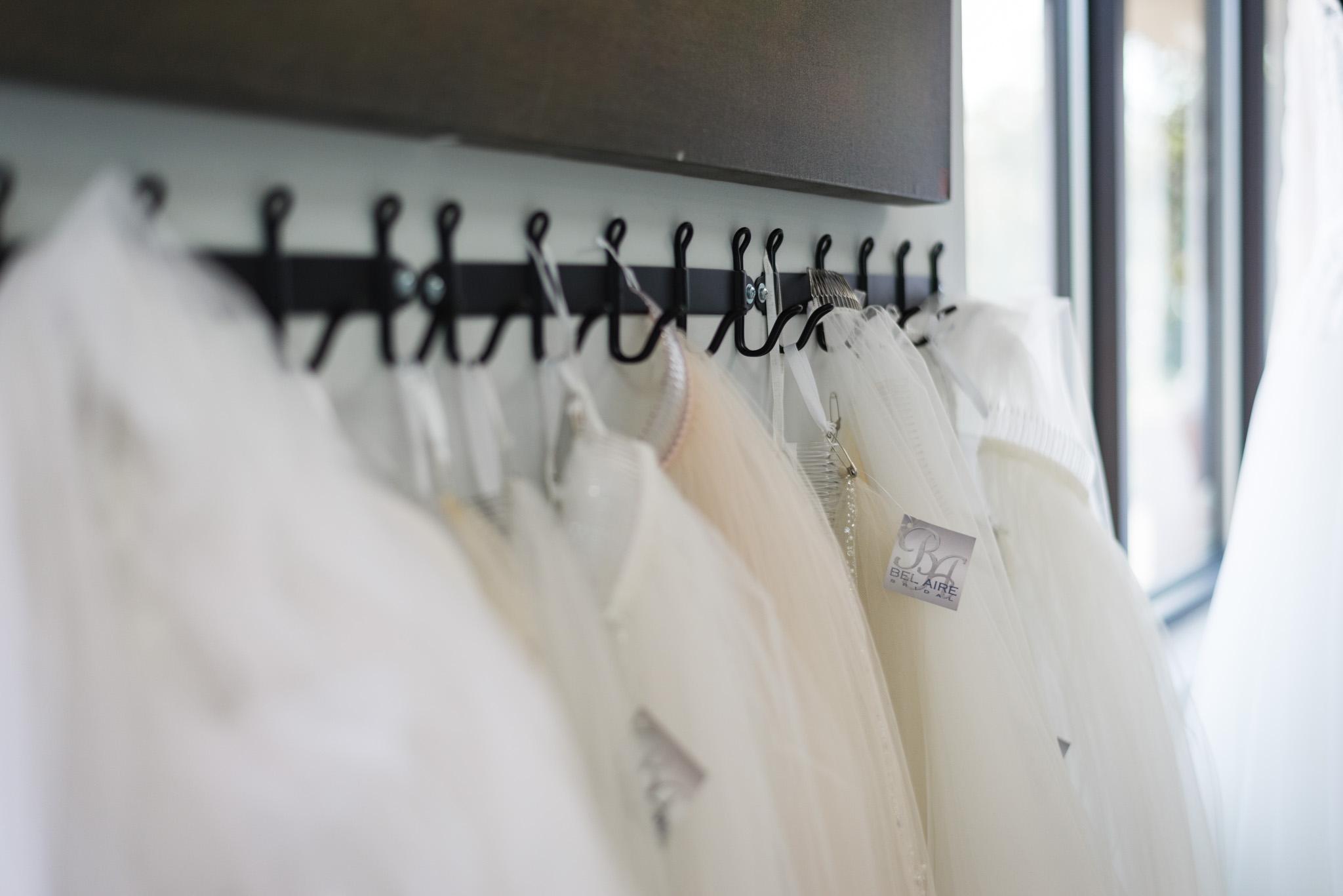 valentinos-wedding-veil