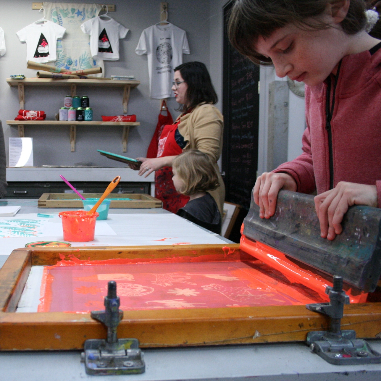 2017 June: Plant and Grow Your Prints   Saturday, June 10th from noon to 2 PM   Screen print plants and watch them grow!   Instructor:  Lauren Pakradooni  PECO Second Saturdays / Jun 10, 2017 /