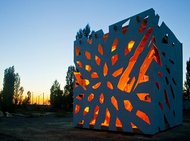 light cube.jpg