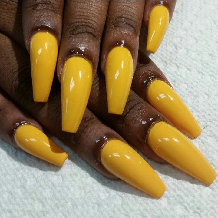 Coffin nails - a instagram model's fave. pic via  @kekedanae20