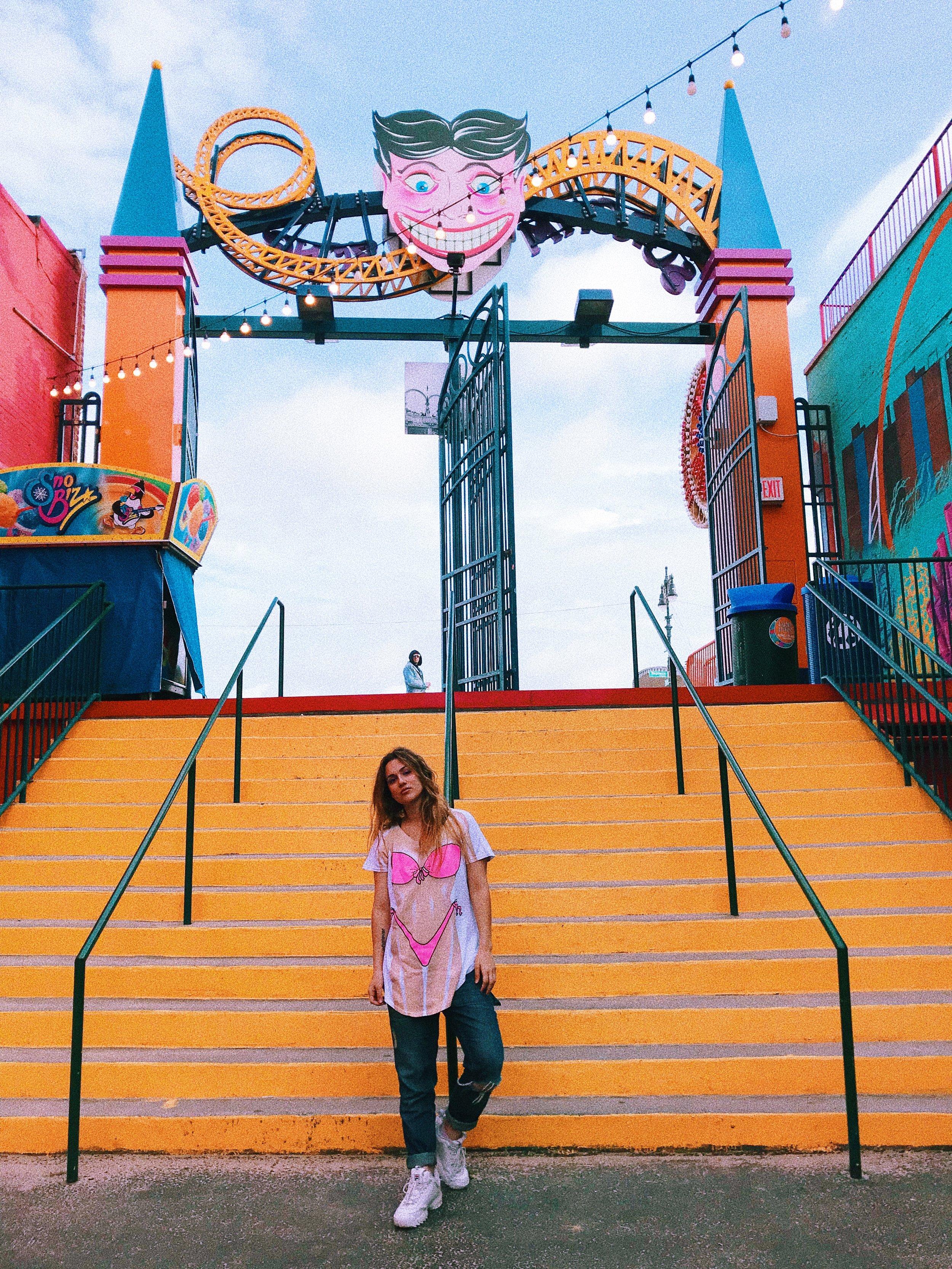 Kat Coney Island Steps