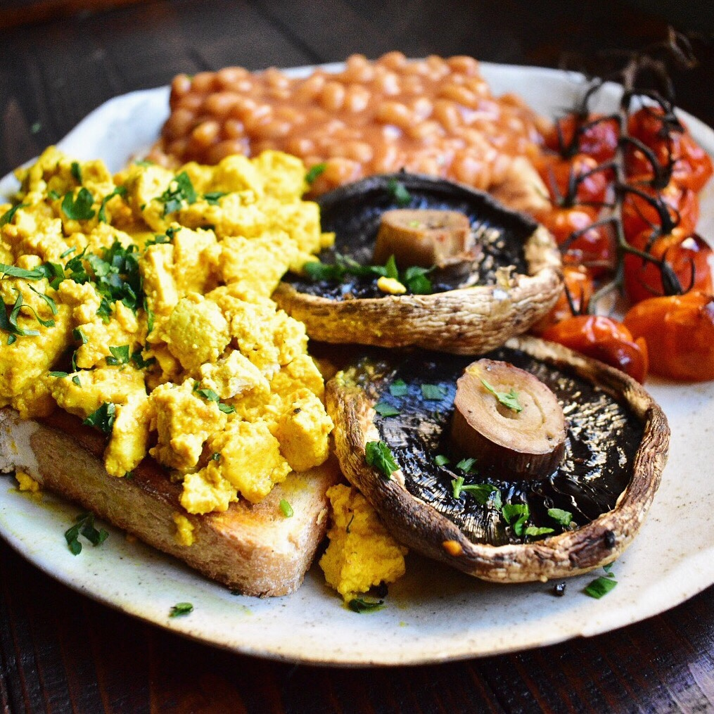 easy vegan scrambled tofu recipe cooked breakfast healthy quick