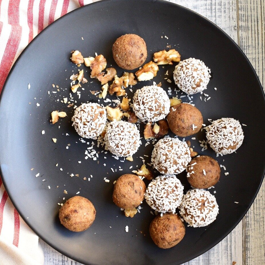 vegan coffee and walnut cake energy bites bliss balls recipe pre-workout snack