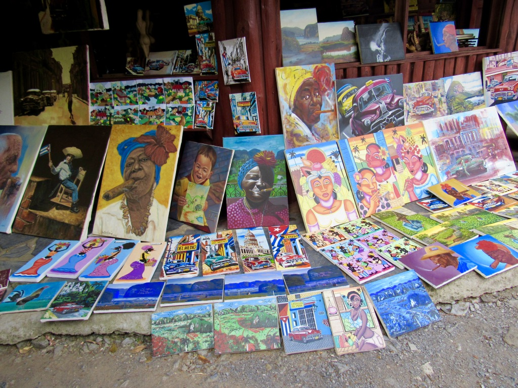 Cuban Art market that can be visited after leaving cave tour