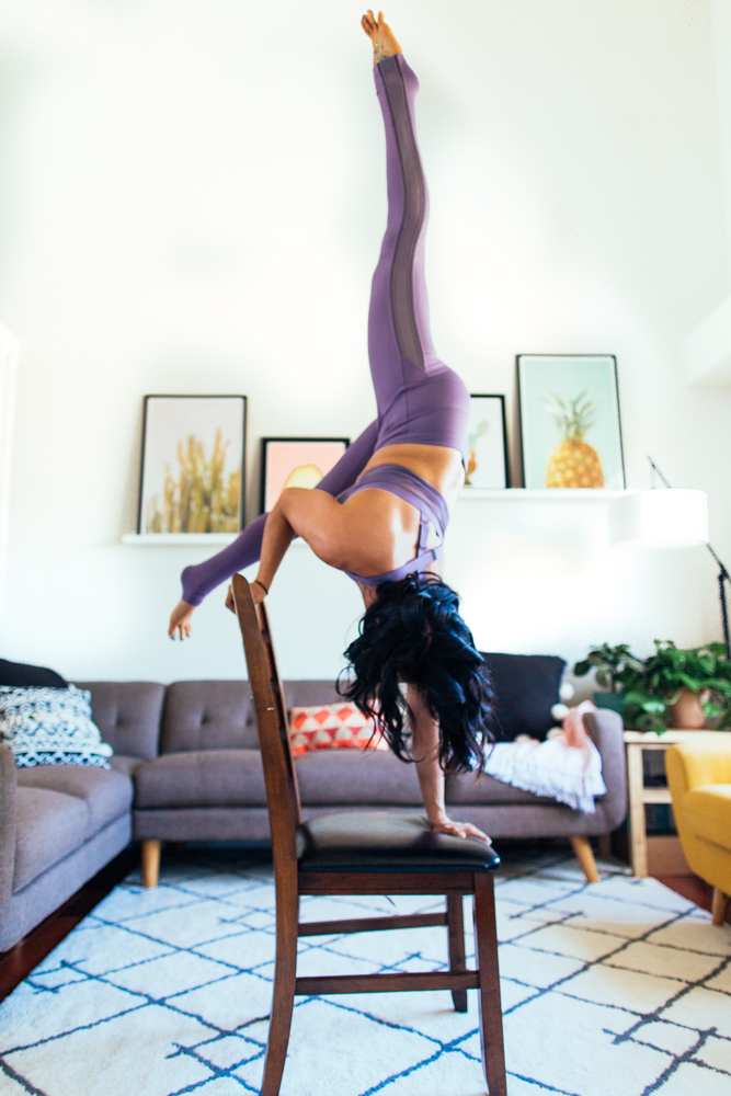 yogashoot-homesession-amylacyphotography-denver-17.jpg