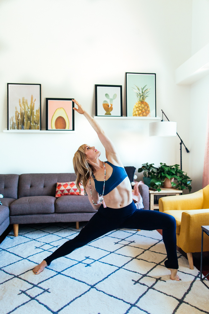 yogashoot-homesession-amylacyphotography-denver-24.jpg
