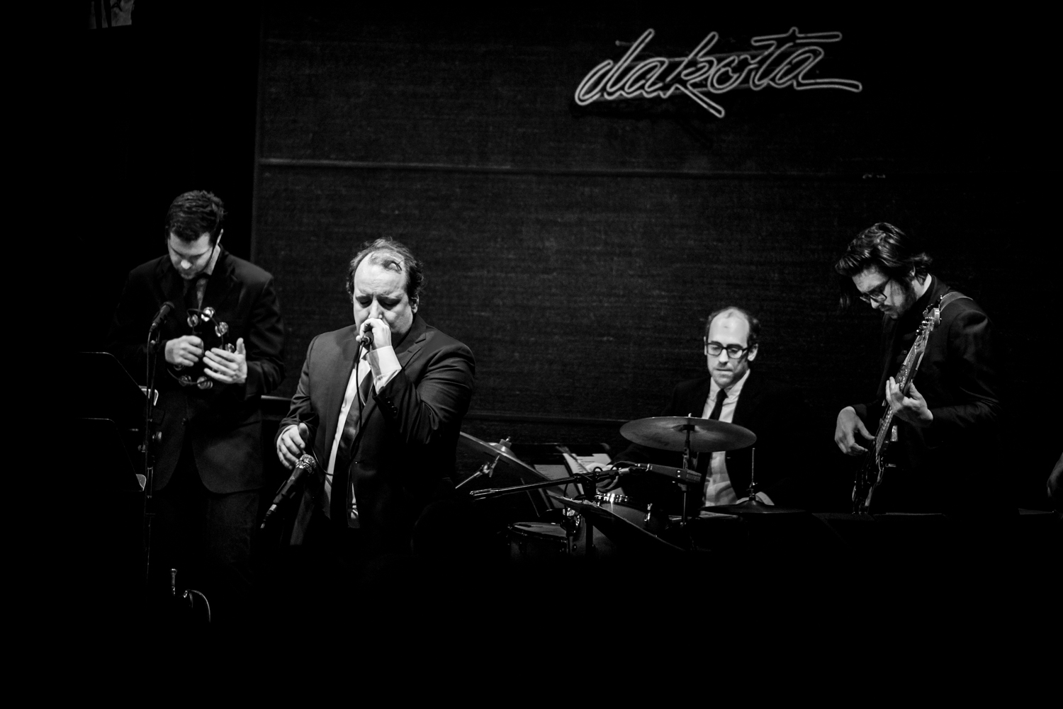 har mar superstar sam cooke dakota-2.jpg