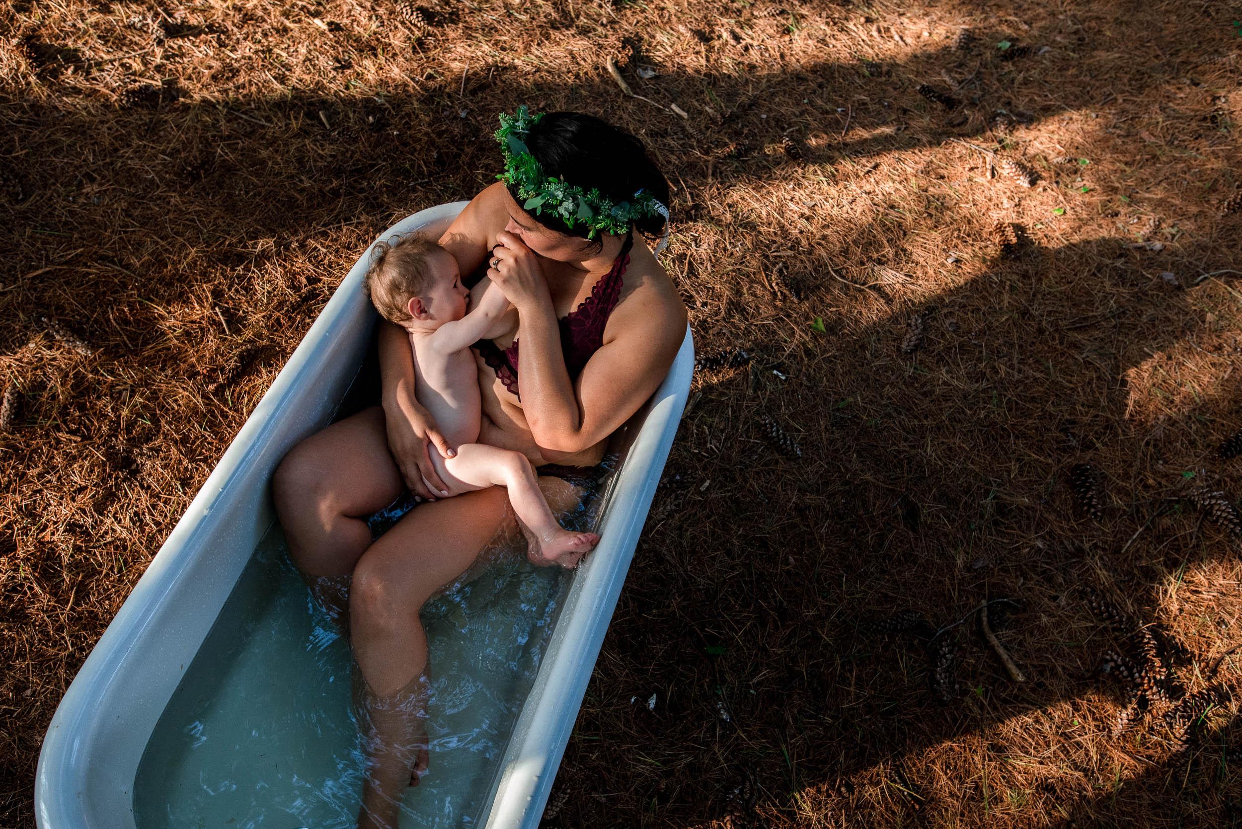 Minneapolis Postpartum Breastfeeding Photography-10.jpg