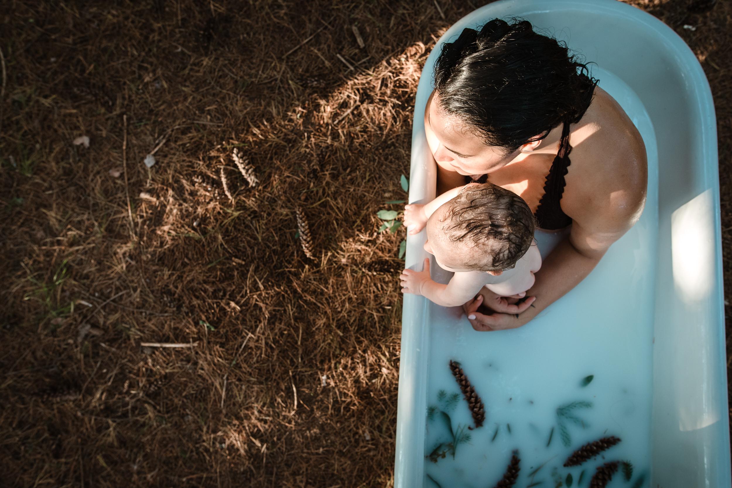 Best Birth Photography Minneapolis St. Paul Minnesota Meredith Westin Postpartum Breastfeeding Motherhood-September 12, 2018-182221.jpg