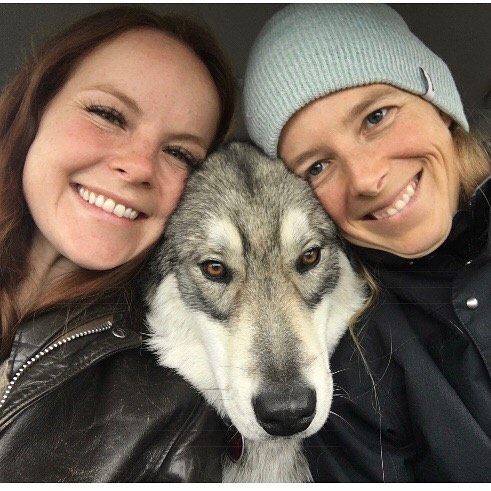 This wonder woman @kenderbender is a true friend (since preschool), an amazing mother, partner to @seidshow , yoga teacher @santafethrive , Doctor of Oriental Medicine, artist, and BAKER. I'm so grateful to spend time with you snuggling your child, petting your 🐺, laughing with our loves, stretching & breathing, getting healed with needles, and eating baked goods inspired by @thegreatbritishbakingshow