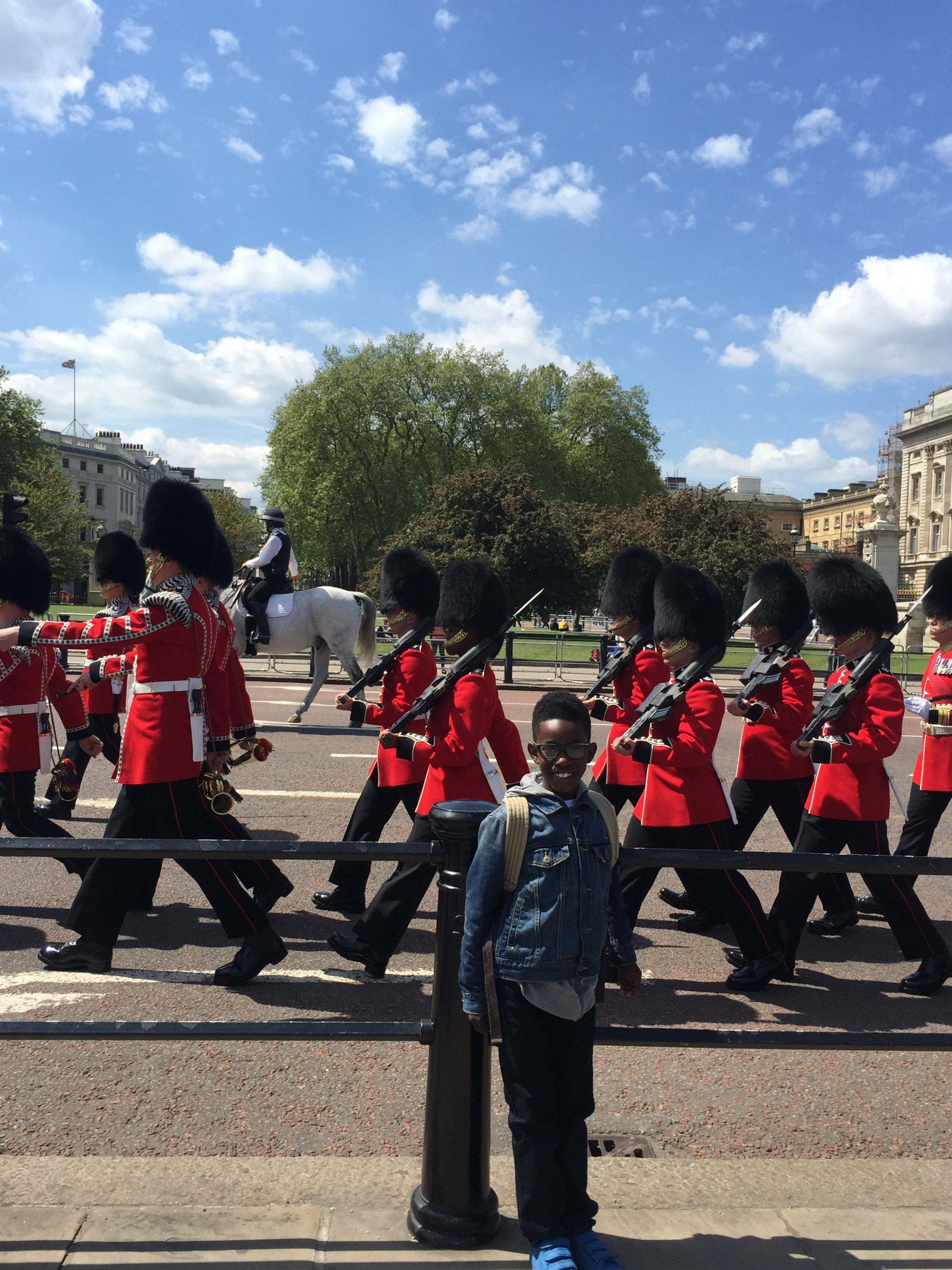 Crossing of the guards