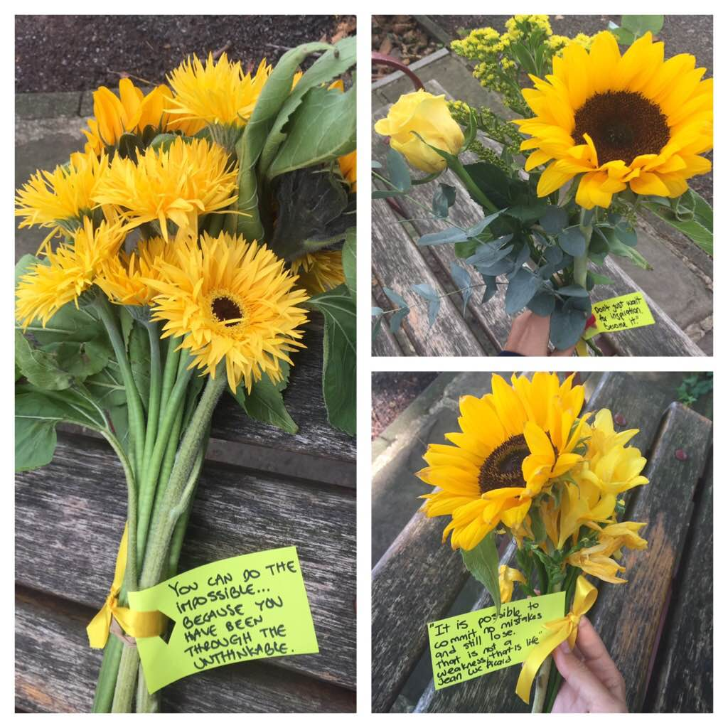 The biggest bunch were today and Olivia's Tía BL got those for her - The quote is specially dedicated to my Awesome Mums, and to any other mother missing their child.