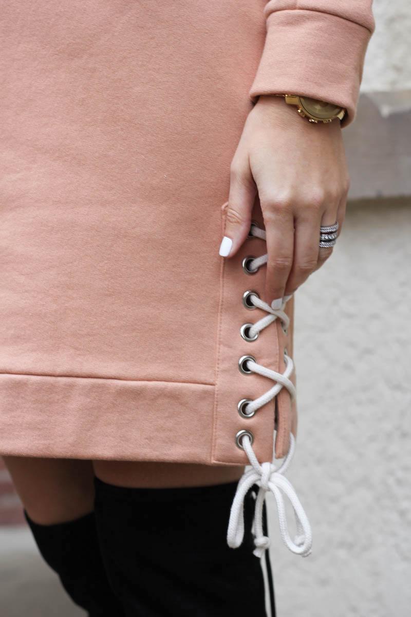 Sanems - Sweatshirt Dress Trend - 03.jpg