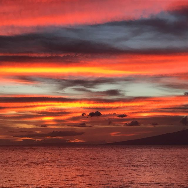 And end to another awesome weekend.  #mauiukulele #mauinokaoi #mauimusician #napilibay #mauisunset #nofilterneeded
