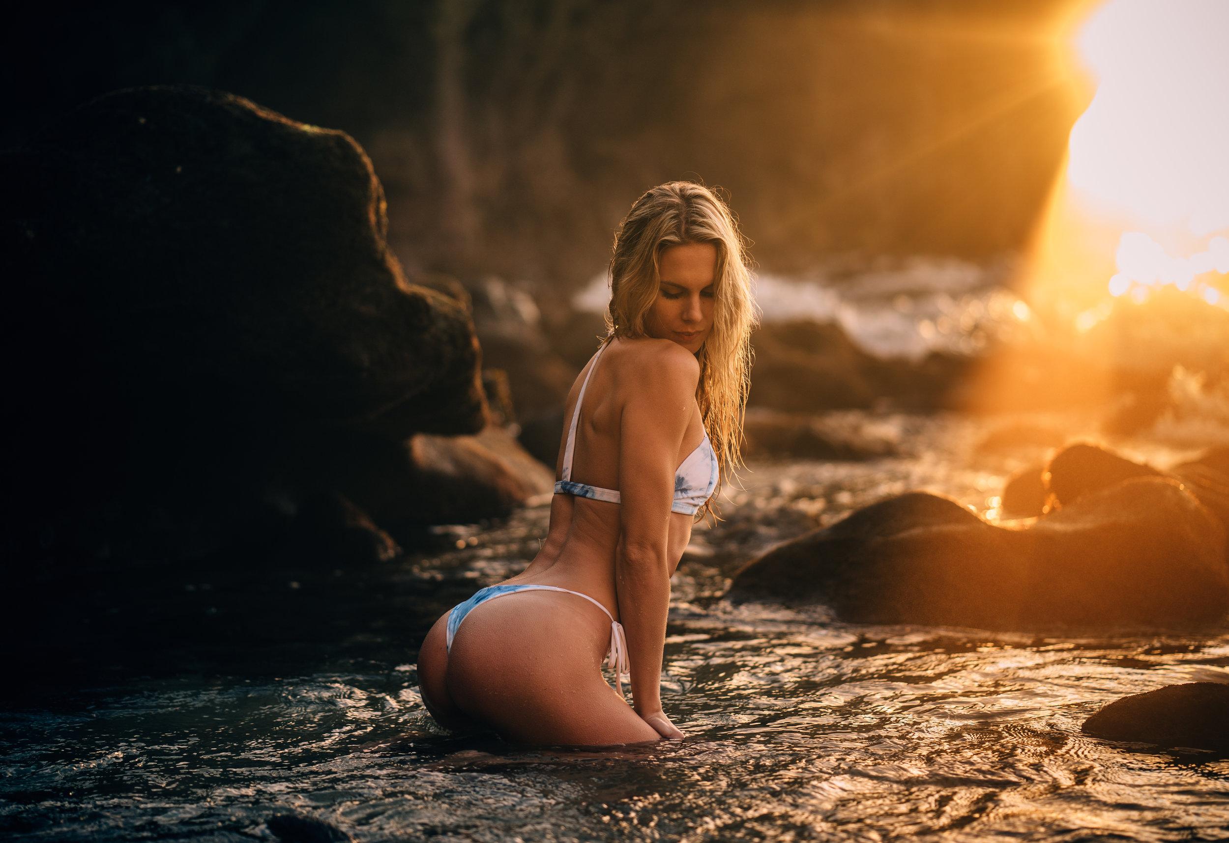 @danimdunn & danii_Alyssa | @RIVIBIKINIS  Pearl Street Beach - Laguna Beach, California
