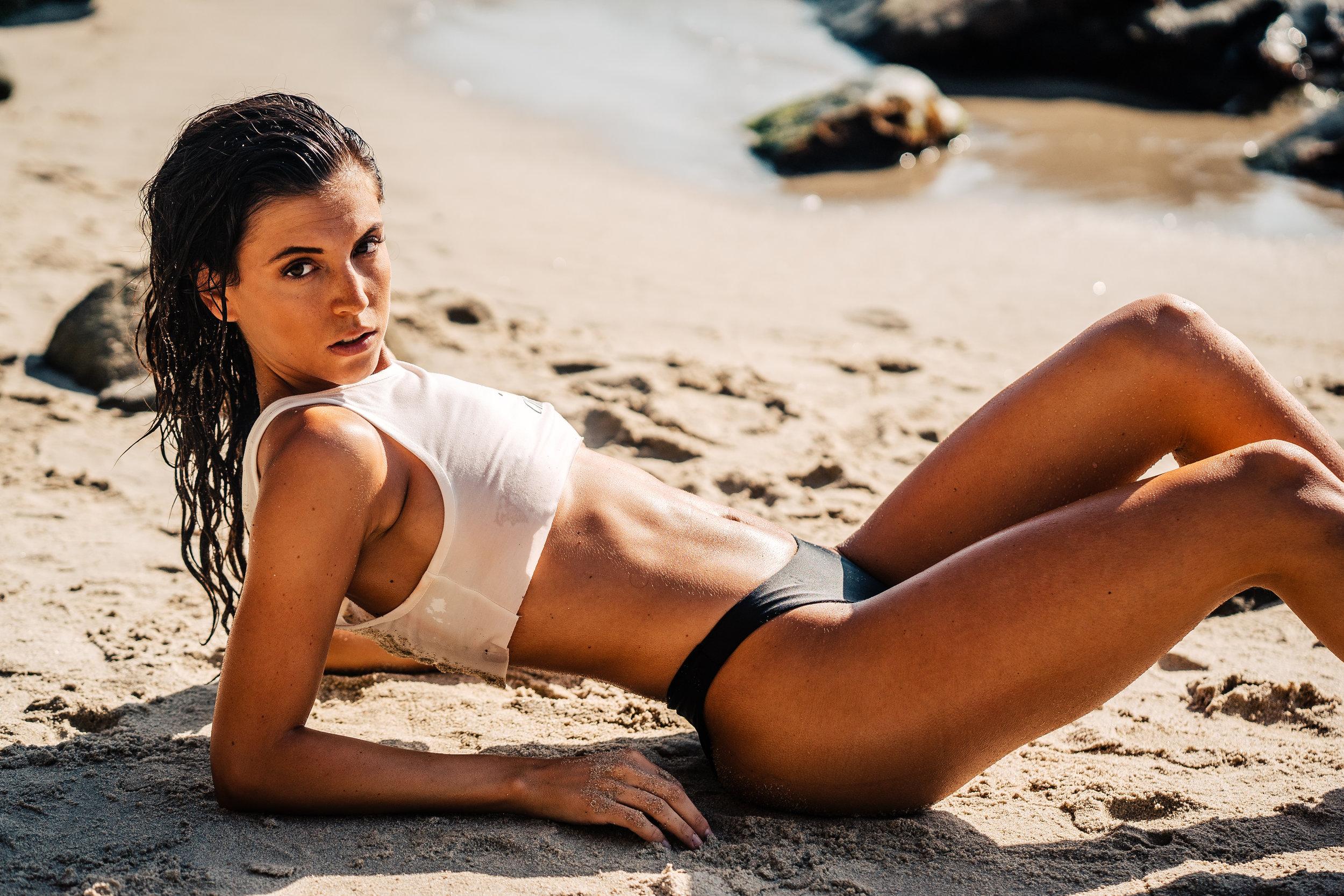 @ella.jordan |@thenobraclub  Moss Street Beach - Laguna Beach, CALIFORNIa