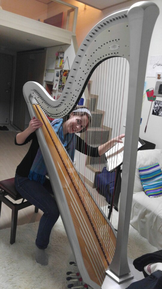 - Practicing on a silver Style 30 at home in Seoul, South Korea in 2016. The harp was borrowed from Jung Kwak, a renowned harpist and wonderful person.