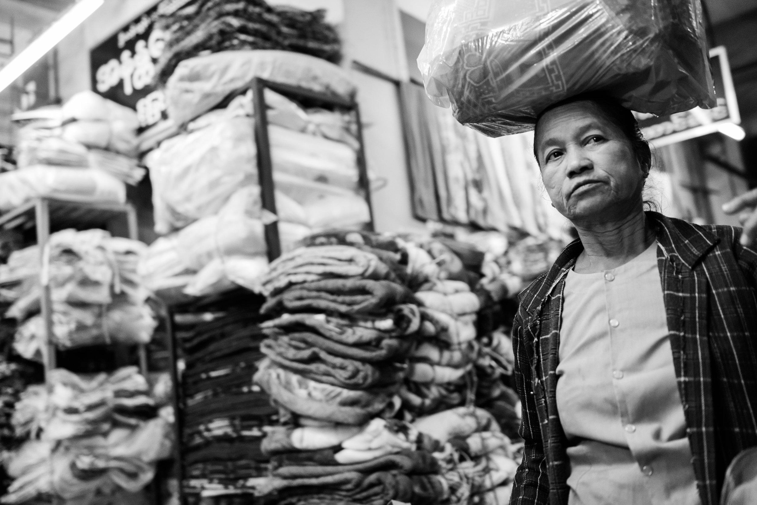 Myamnar2016-Mandalay-01315.jpg