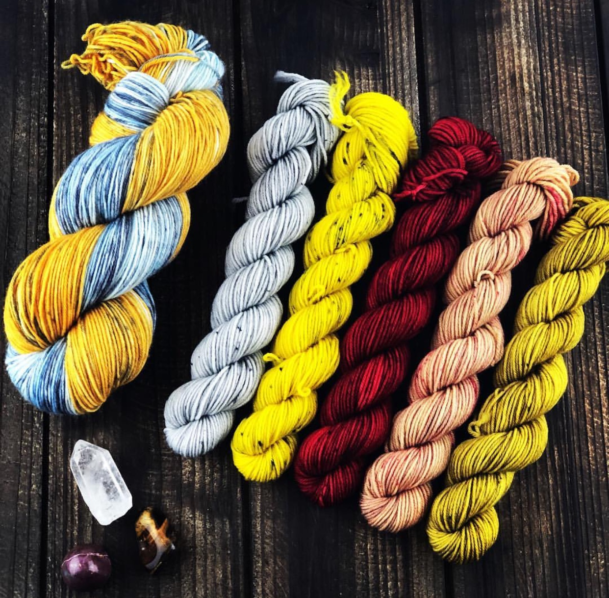 Liz of  High Fiber Artz 's new collaboration Game of Thrones kits with  1sockwonder  and  silentknits  that will come out on 4/14 for the premier of Game of Thrones!