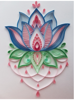 Aggie's breathtaking quilling paper flower