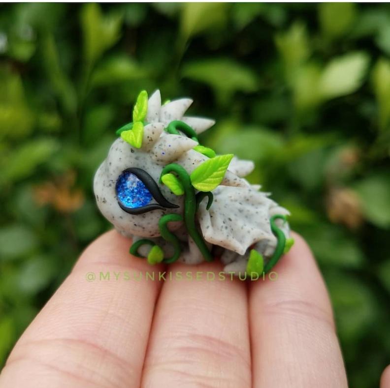 Stone Tiny Clay Dragon Sculpture