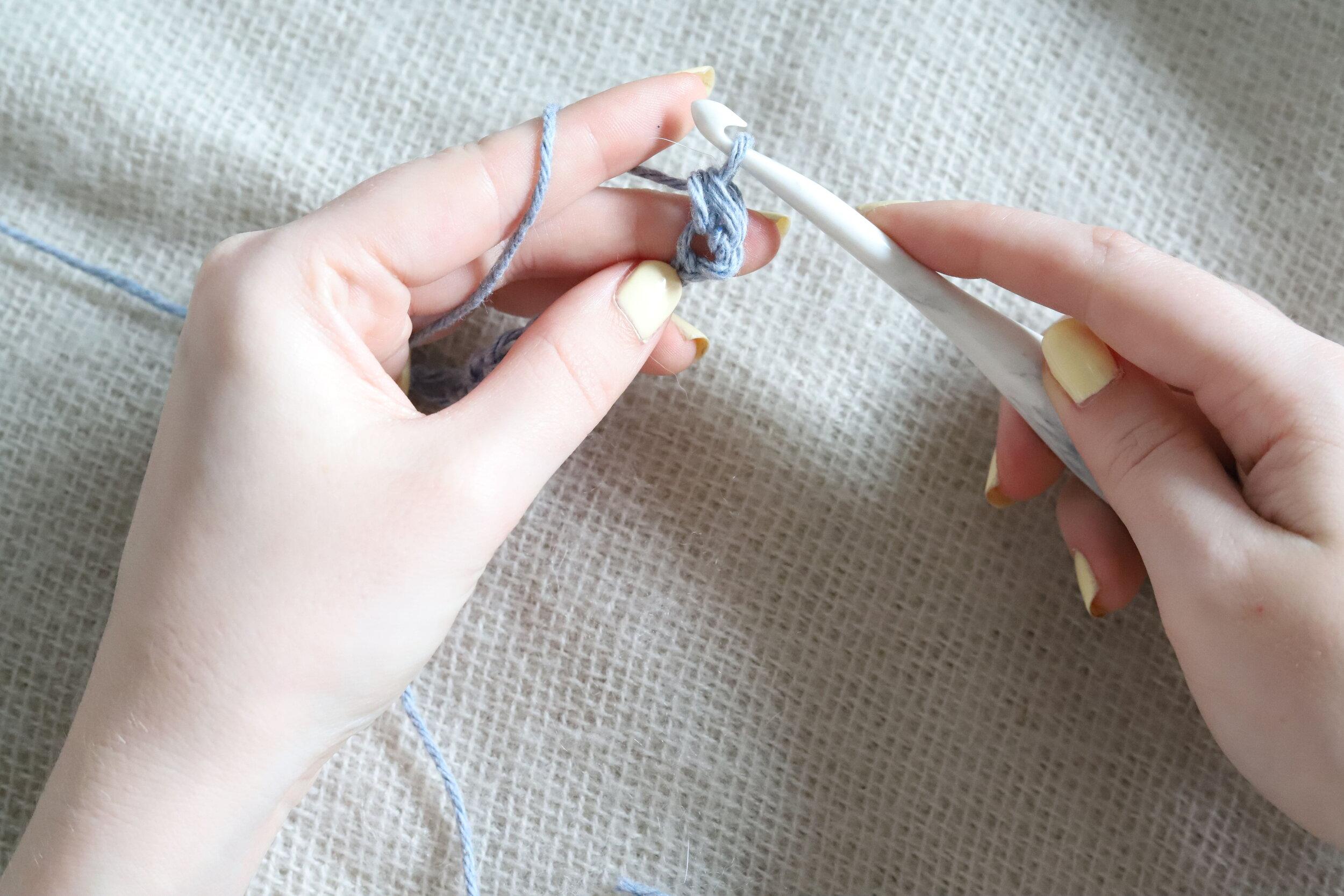 Suzette Stitch Crochet Tutorial Step 2