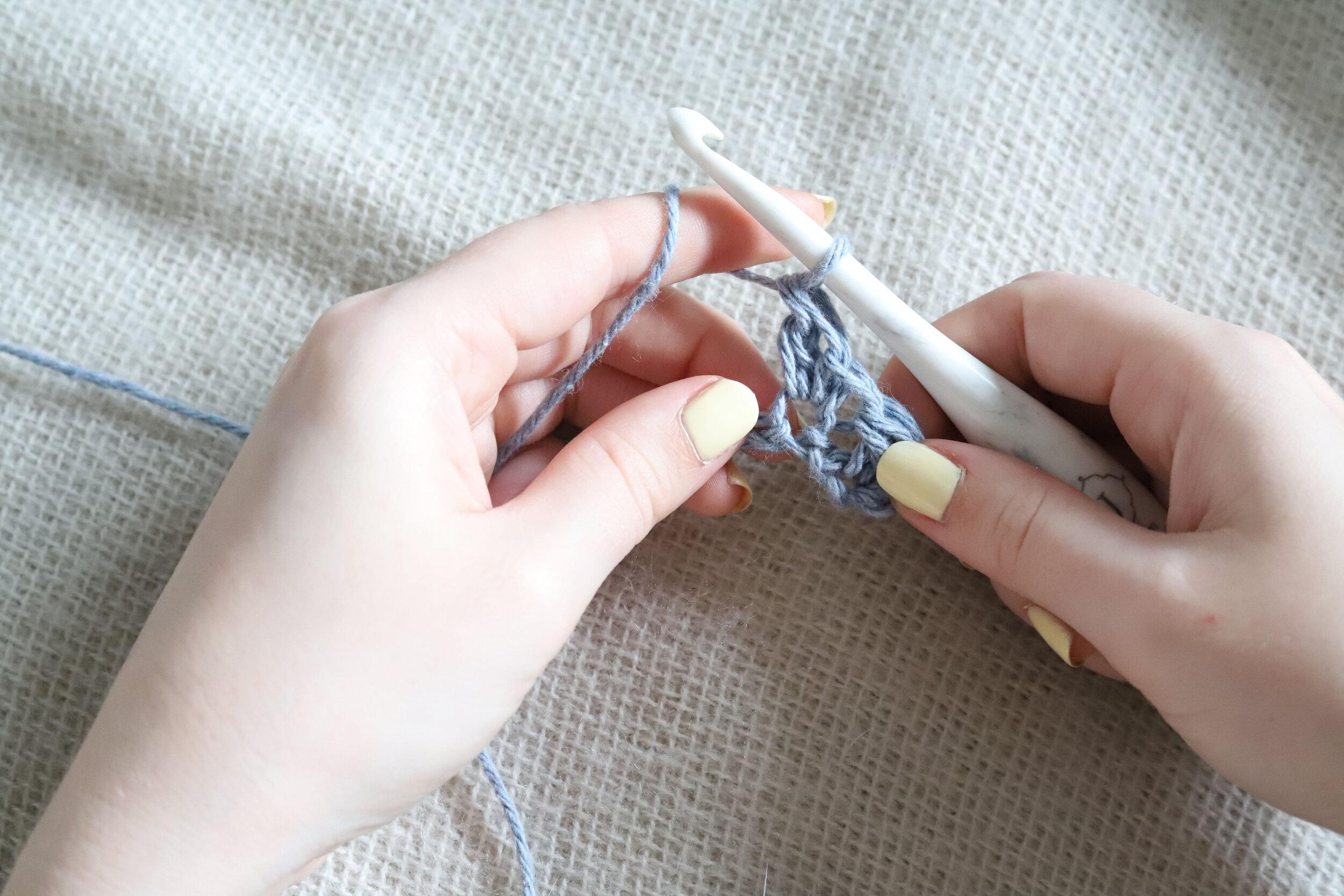 Suzette Stitch Crochet Tutorial Step 2e