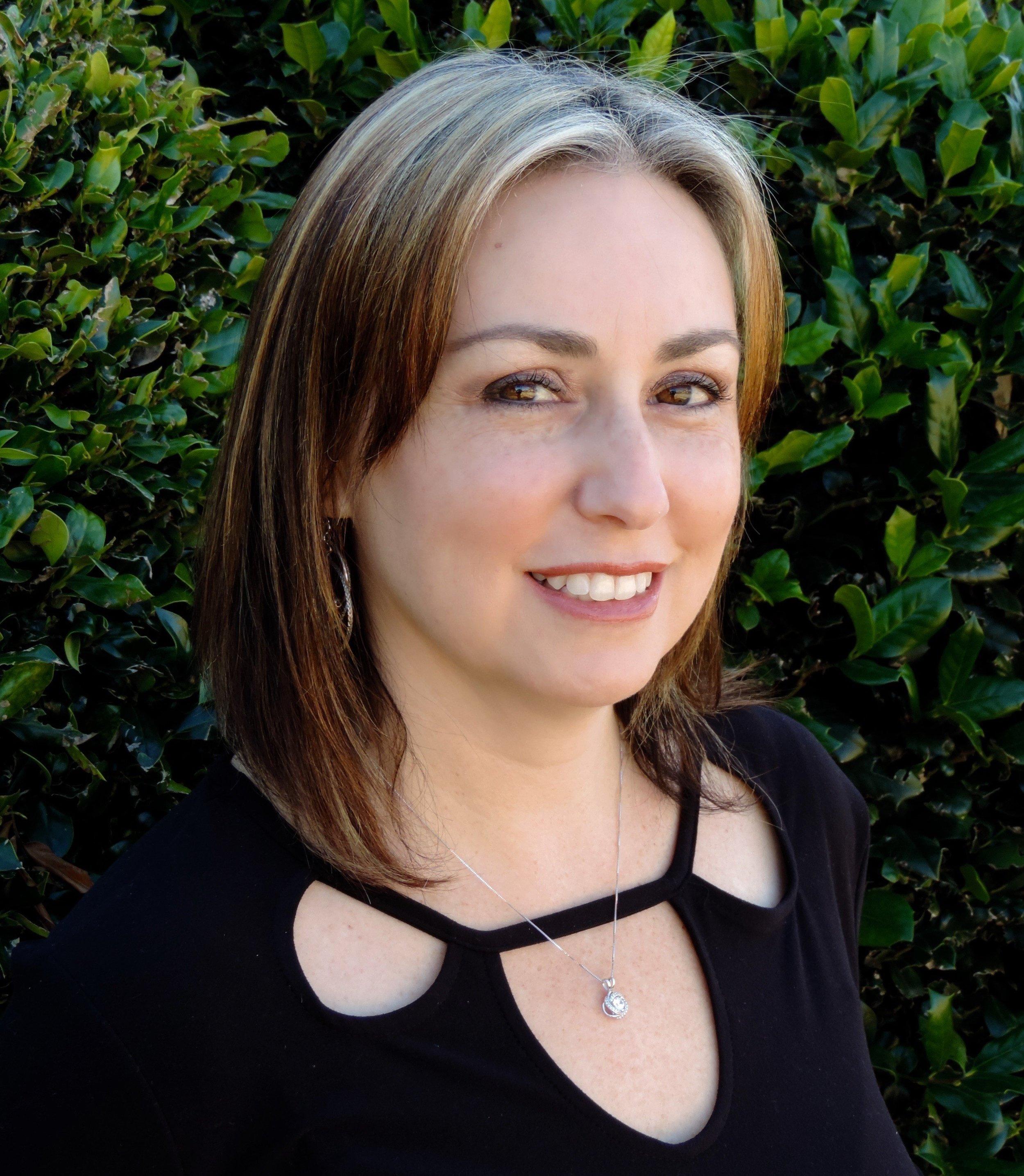Sharon Overfelt, Licensed Professional Counselor Intern