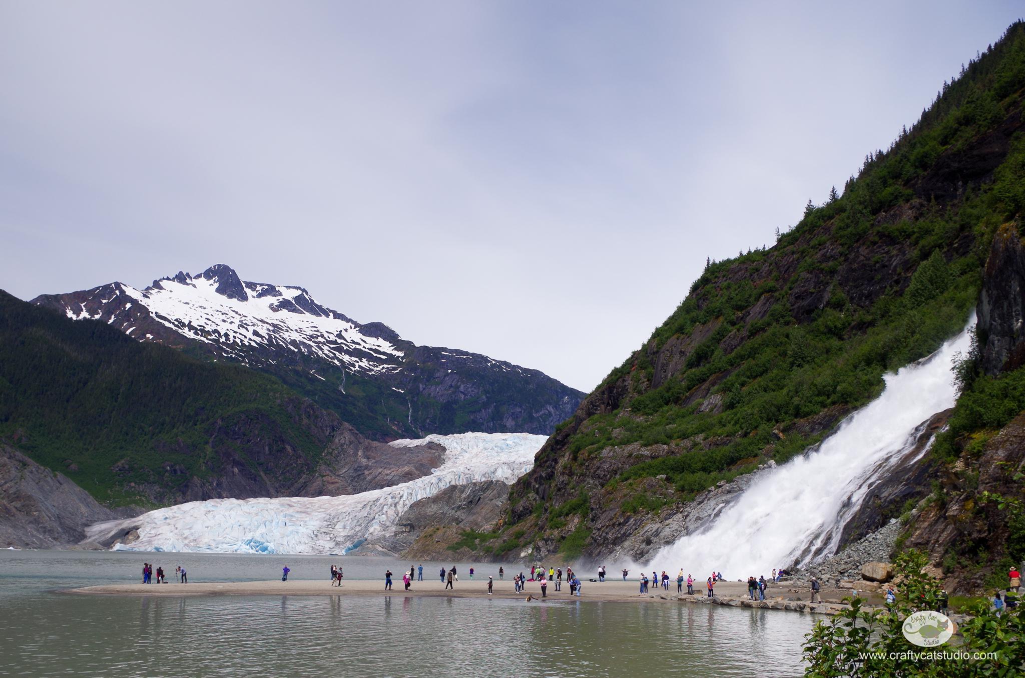 Juneau-Mendenhall_Nugget_Falls.jpg