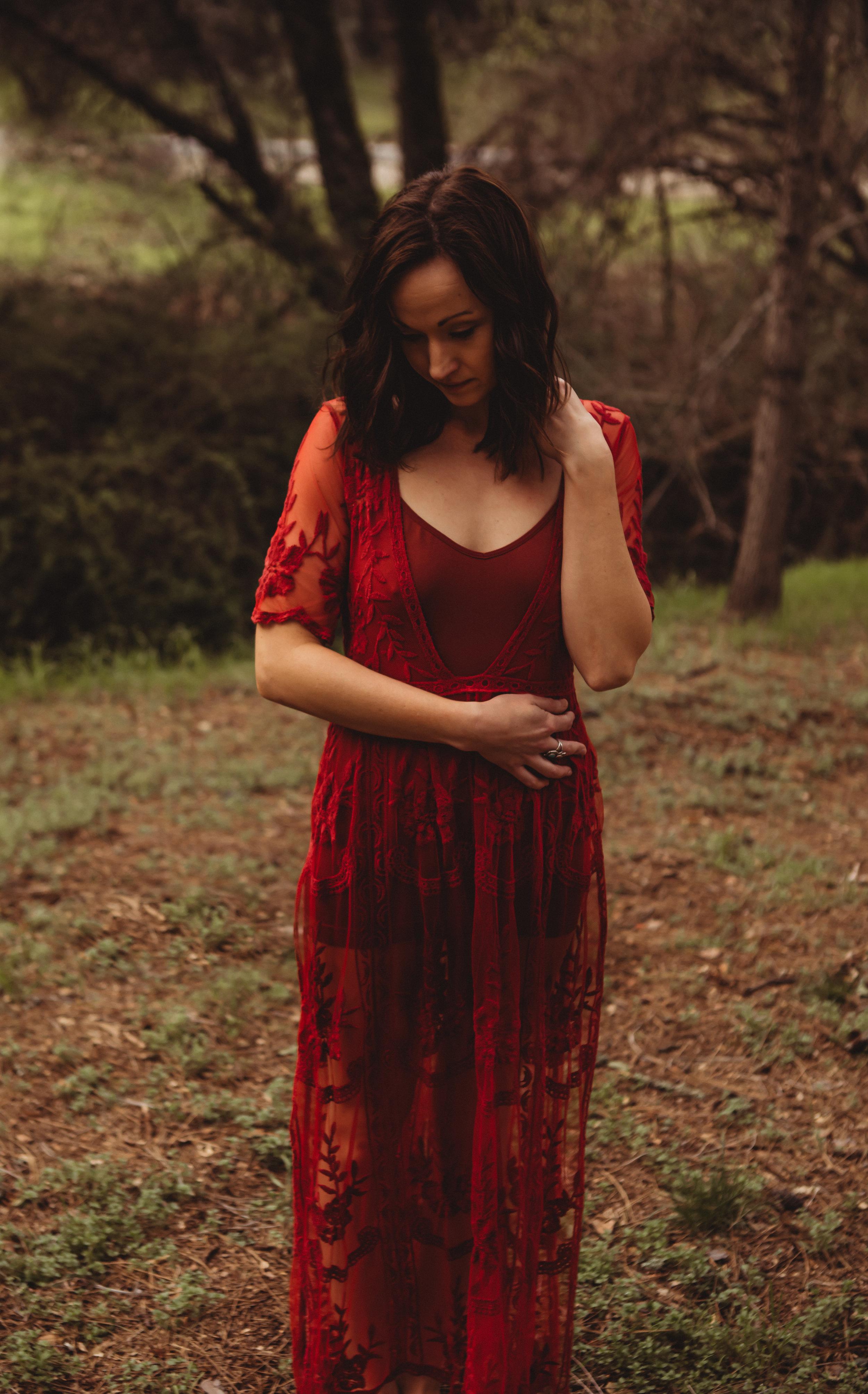 Alder Dress in Red    Size L fit M-Xl