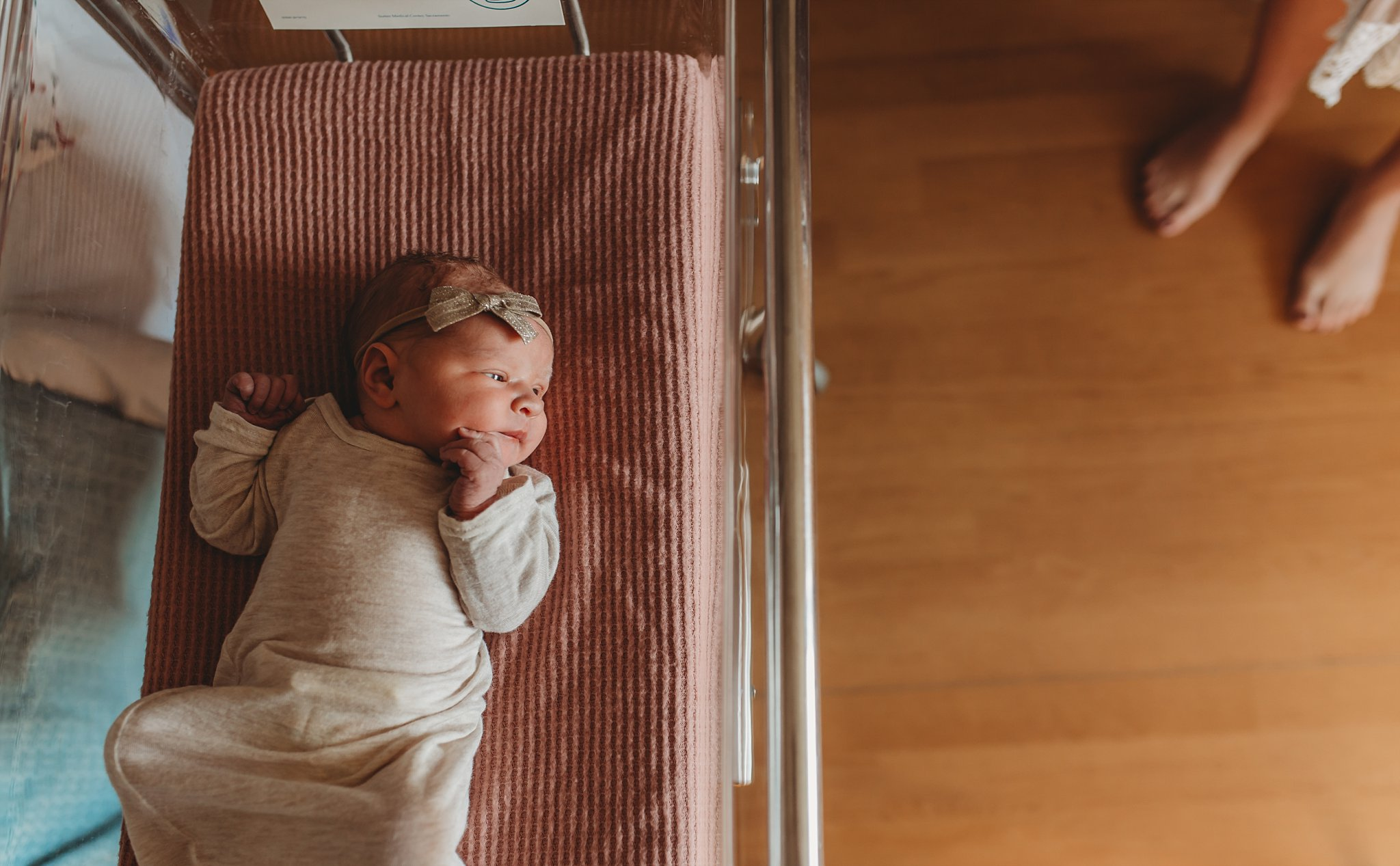 Becci Ravera Photography Family Newborn Photographer mom and newborn in hospital