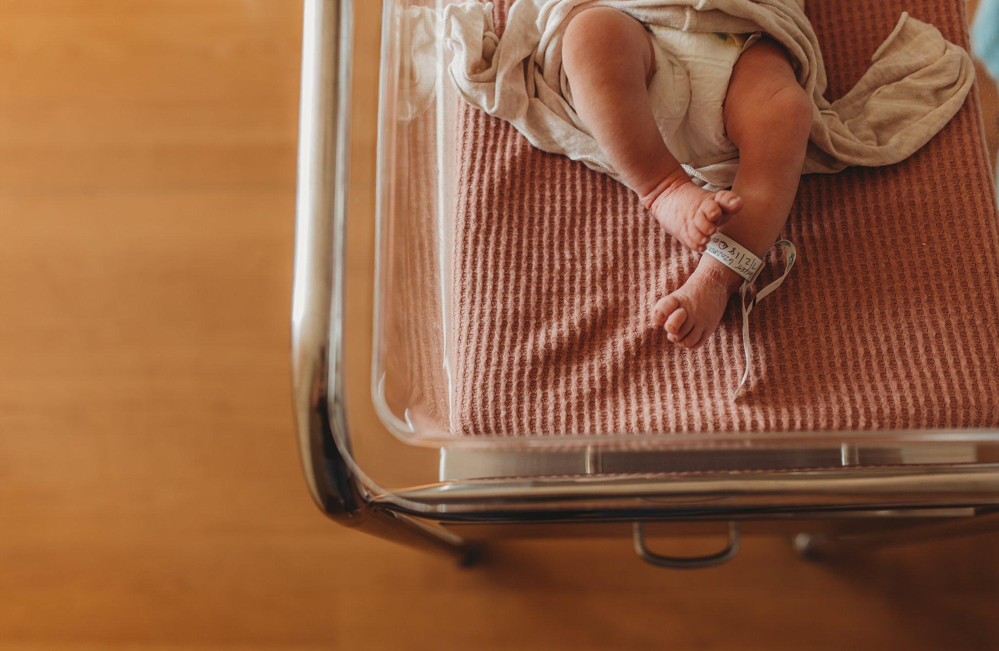 Becci Ravera Photography Family Newborn Photographer newborn baby toes